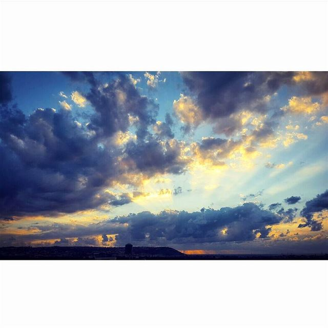 sunset sun clouds cloudy day landscape awesomeshots awesome_earthpix... (Mejdlaya 3476)