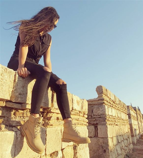 Exploring the ruins of the umayyad city of Anjar. Such a beautiful... (`Anjar, Béqaa, Lebanon)