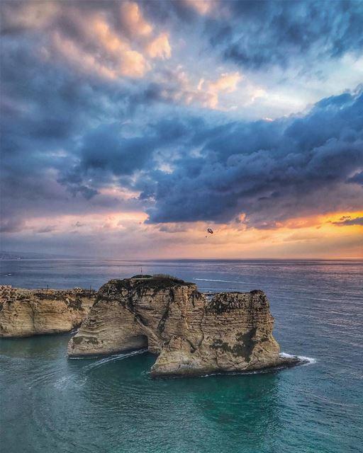من بعدك لمين 💙🌅🎼🙏🏻________________________________________... (Beirut, Lebanon)