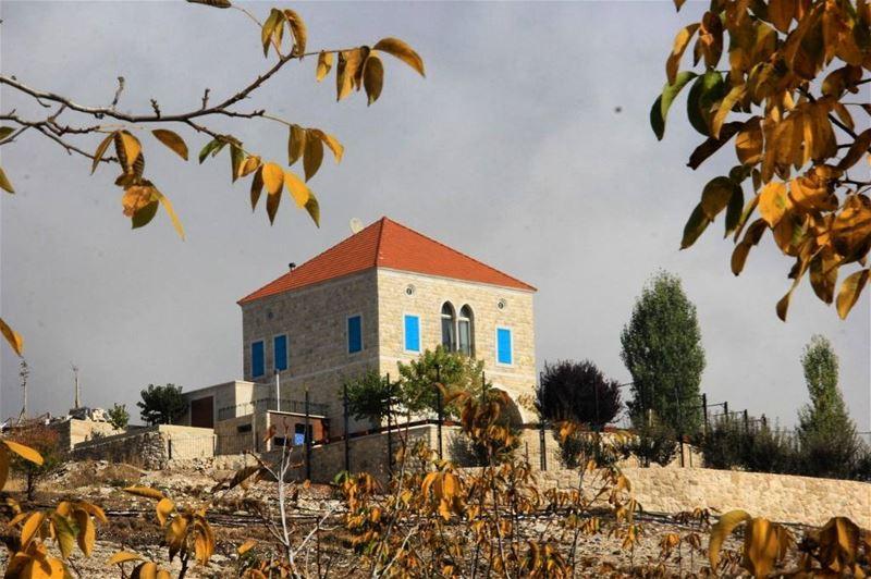 morning monday lebanonhouses raining cloudy house arcades me... (El Laklouk, Mont-Liban, Lebanon)
