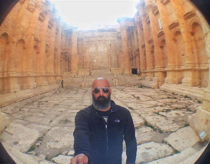 Baalbek, Roman Temple! baalbeck baalbek ruins lebanon bakhostemple ... (Baalbek , Roman Temple , Lebanon)