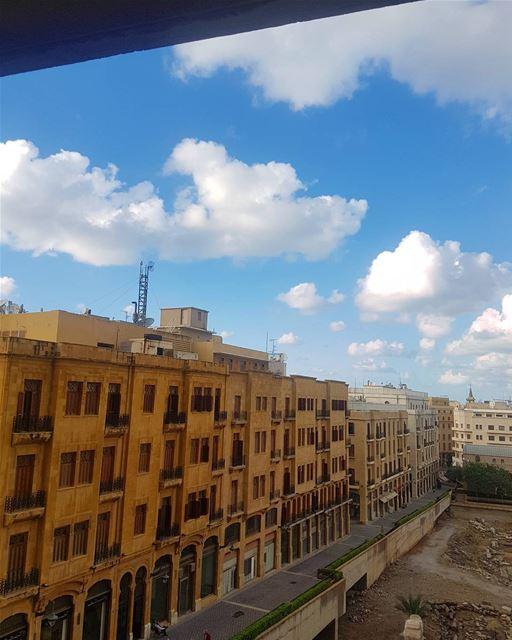 وبالآخر في آخر في وقت فراق.... ig_respect ig_lebanon lebanon_hdr ... (Downtown Beirut)
