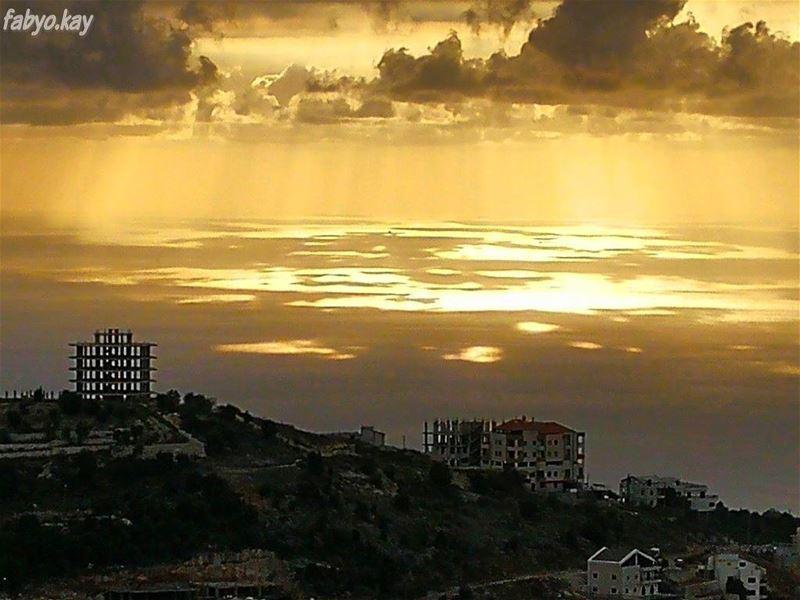 sunset sunsetlovers sunsetporn sun skylovers lebanonspotlights... (Annâya, Mont-Liban, Lebanon)