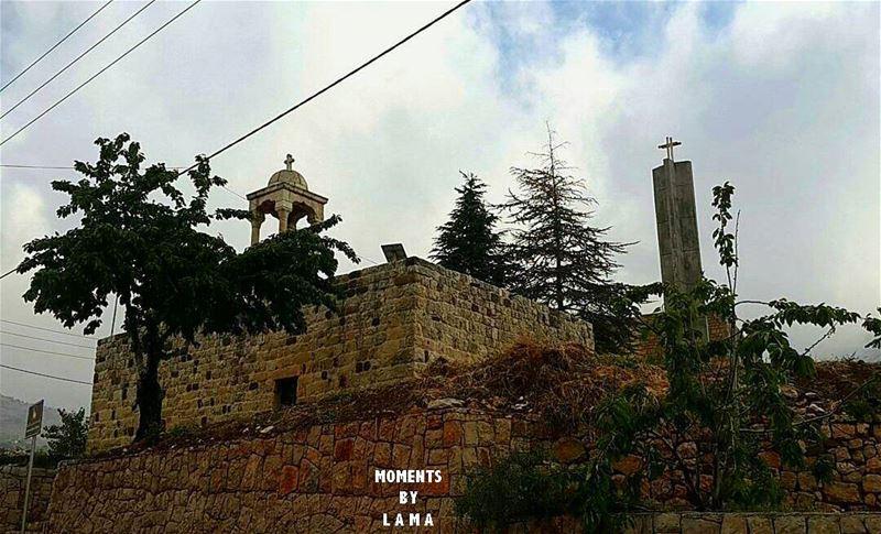 Saint sarkis old church ✝كنيسة سانت سركيس القديمة LAMA_YOUSSEF ... (Tannurin At Tahta, Liban-Nord, Lebanon)