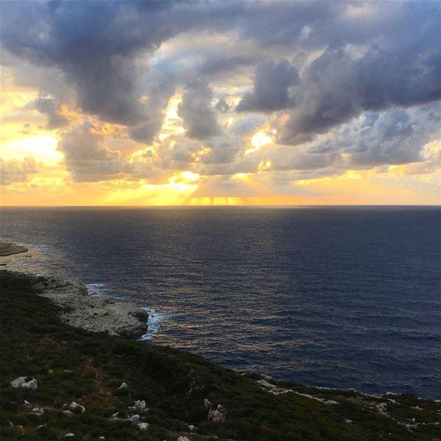sunset love lebanon lebanonspotlights lebanoninstagram ... (Chekka)
