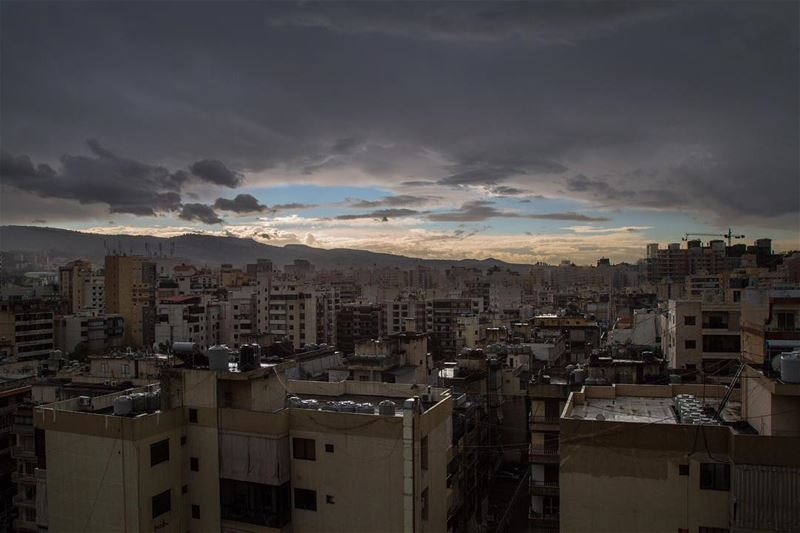 Winter days..... cloud cloudporn skies skyporn city urban ... (Beirut, Lebanon)