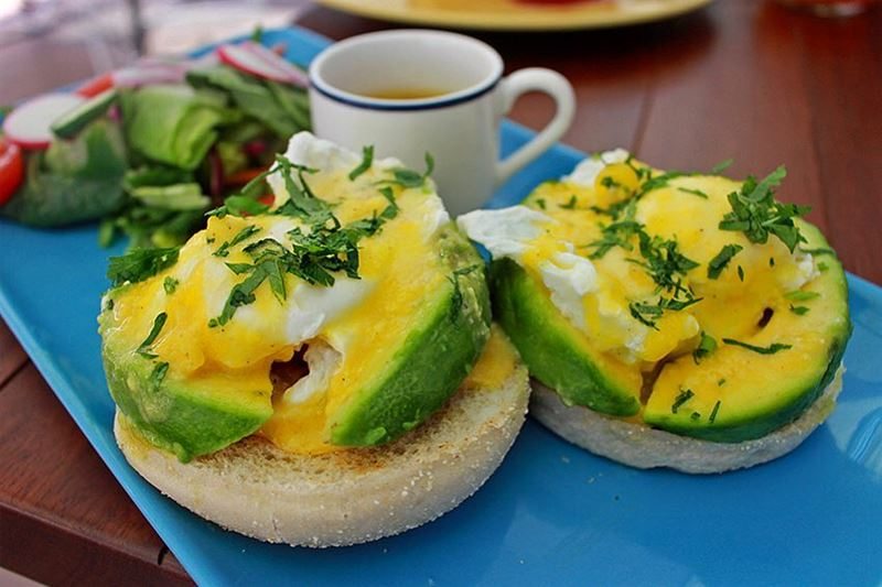 Breakfast has never looked better! Avocado & Tomato Benedict from @ihopmidd (The Spot Choueifat)
