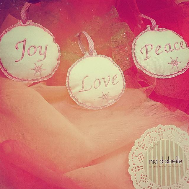 Peace. Joy. Love. To ALL ❤️ Write it on fabric by nid d'abeille  christmas...