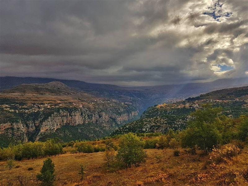 qannoubine bcharre northlebanon north lebanon livlovelebanon ... (Ouâdi Qannoûbîne, Liban-Nord, Lebanon)