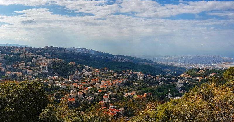 Panoramic view of Brummana, jouret el ballout, Beit Mery and Beirut City ... (Mar Chaaya Broumana)