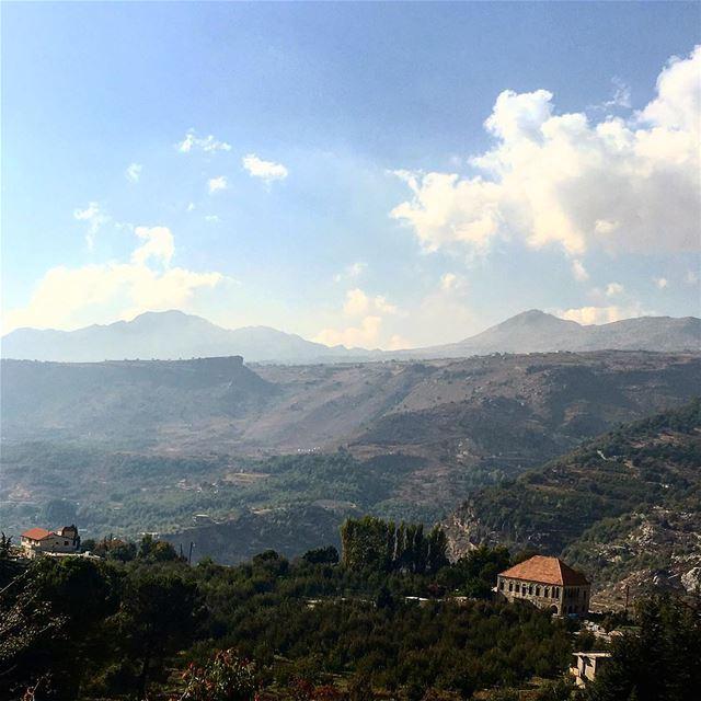 lebanon lovesmountain exploretocreate passionpassport hd_lebanon ... (Lebanon)