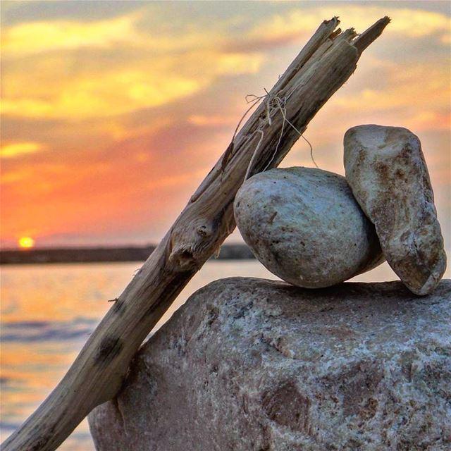 """""""Sea"""" la vie 💕~~~~~~~~~~~~~~ nikontop_ nikonworld bns_sky bns_sunset... (Dbayeh, Mont-Liban, Lebanon)"""