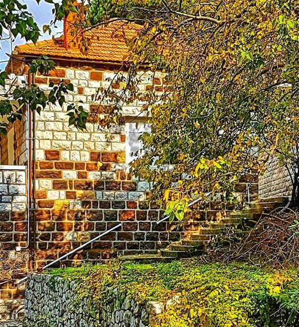 A house of true autumn colors house autumn lebanonhouses marchaaya ... (Mar Chaaya Broumana)