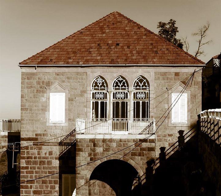 hadatheljebbeh house architecture old oldiesbutgoodies ... (Hadath El-Jubbah, Liban-Nord, Lebanon)