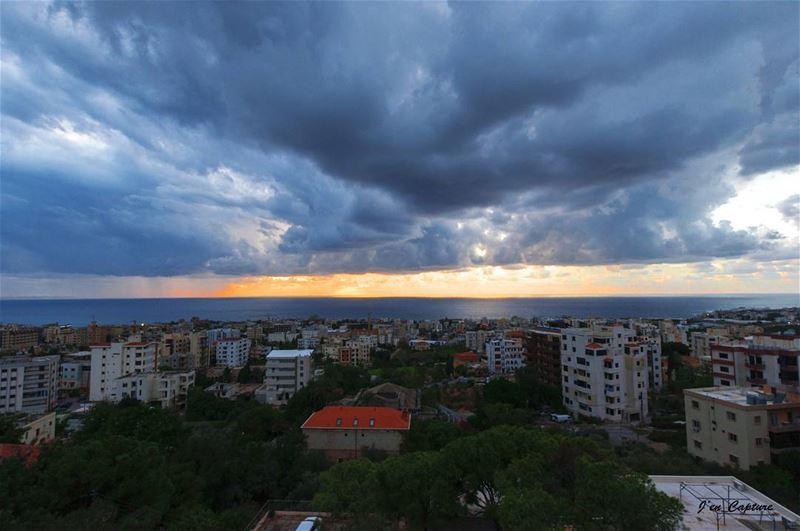 Sunset 🌅••• Lebanon Livelovelebanon Nikon NikonD90 NikonDSLR ... (لبنان)