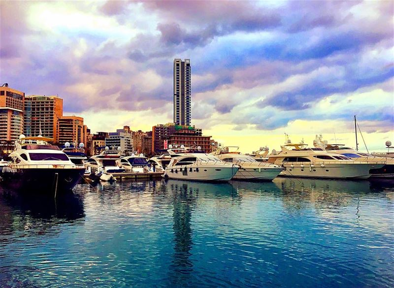 💥 No Caption Needed 💥..... earth_shotz ig_hiddenearth ig_lebanon... (Le yacht Club-Zaituna bay)