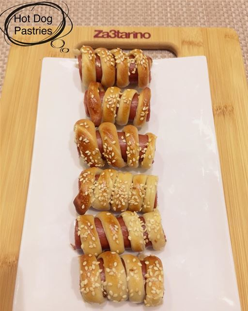 Yummy Hot Dog Pastries😋wrapped in Za3tarino 's Dough and baked👨‍🍳👩‍🍳...