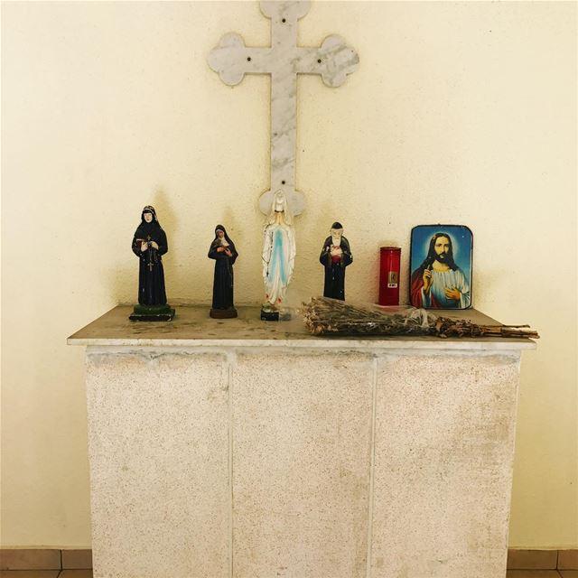 Sodeco sodecocemetery faithoflebanon lebanesesaints saintcharbel ... (Dunya Beirut)
