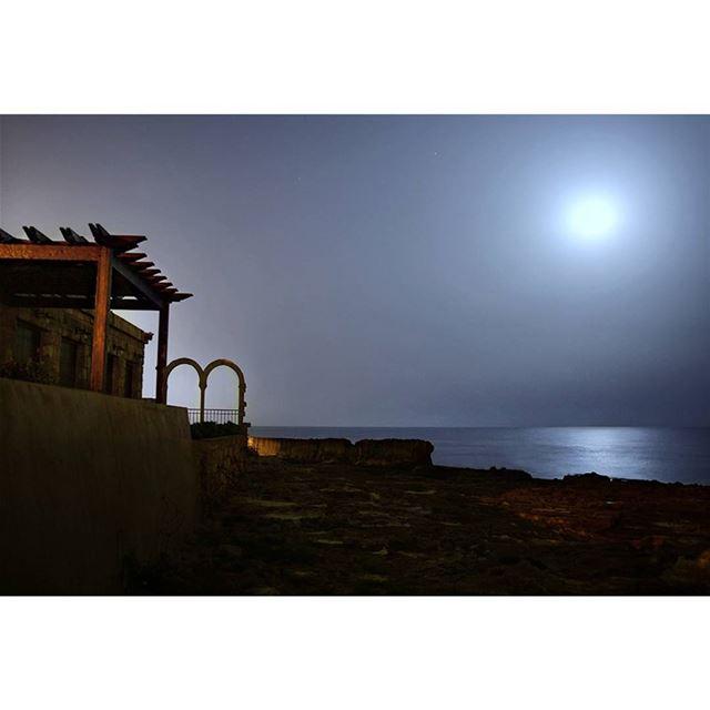 Beautiful full moon 🌚 nightscape nikon nightphotography night ... (Batroûn)