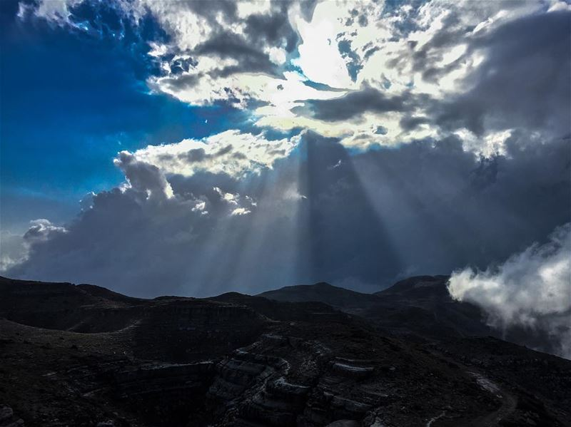 lebanon  lebanese  clouds  rays  mountains  hiking  hikingadventures ... (Mount Lebanon Governorate)