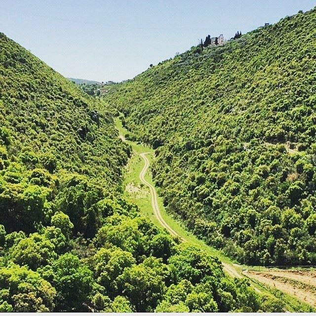 jrebta jrabta batroun valley north northlebanon lebanon mountlebanon ... (Jrabta, Mont-Liban, Lebanon)