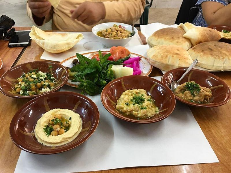 Delicious lebanese breakfast lebanesebreakfast فول حمص lebanesefood ...