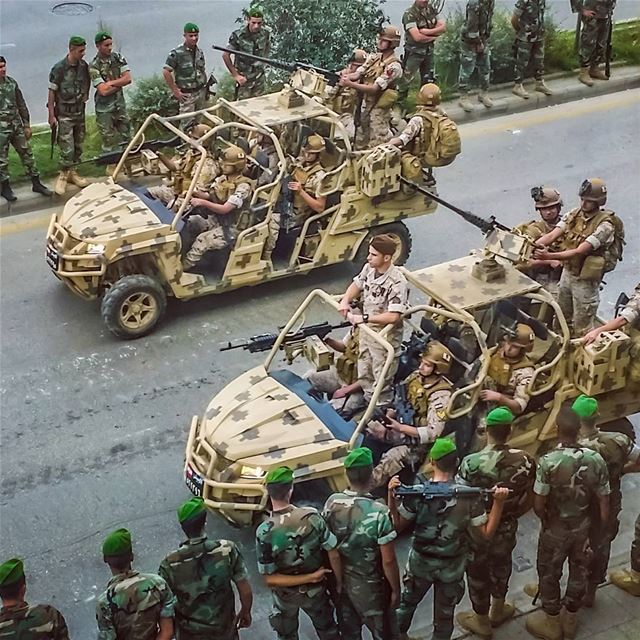 lebanese army preparation for independance parade . quads 4x4 ...