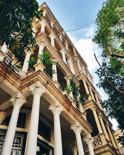 """""""Никогда не привязывайся к месту, Юля! Дом там, где ты его мысленно для себ (Beirut, Lebanon)"""