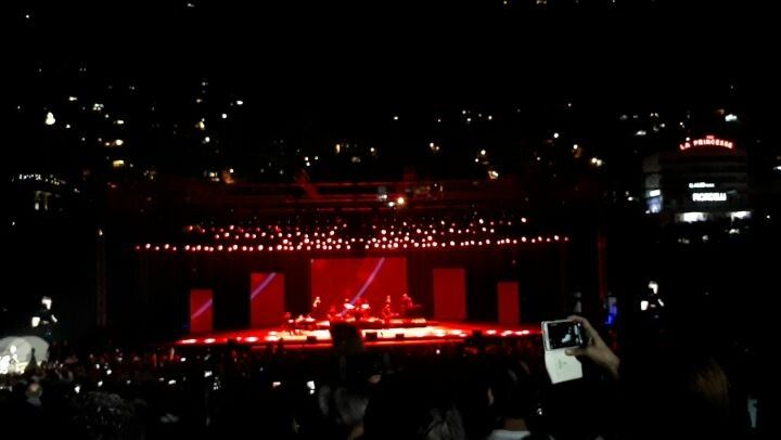 When a Man loves a Woman... michaelbolton concert jounieh lebanon ...
