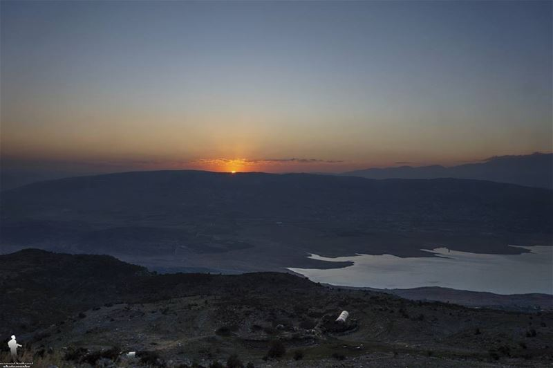 morning 😍 sunrise bekaa livelovebekaa livelovebeirut bekaavalley ... (Bekaa Valley)