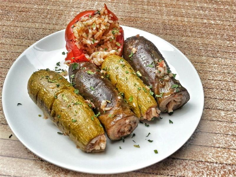Stuffed Zucchini and Eggplant anyone? Give us a call ☎ 03 25 13 19 ... (Em's cuisine)