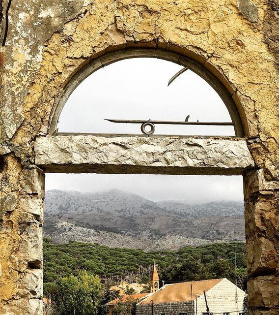 Ain Zhalta 🤤😍 ainzhalta lebanon livelovebeirut.. earthpix ... (Aïn Zhalta, Mont-Liban, Lebanon)