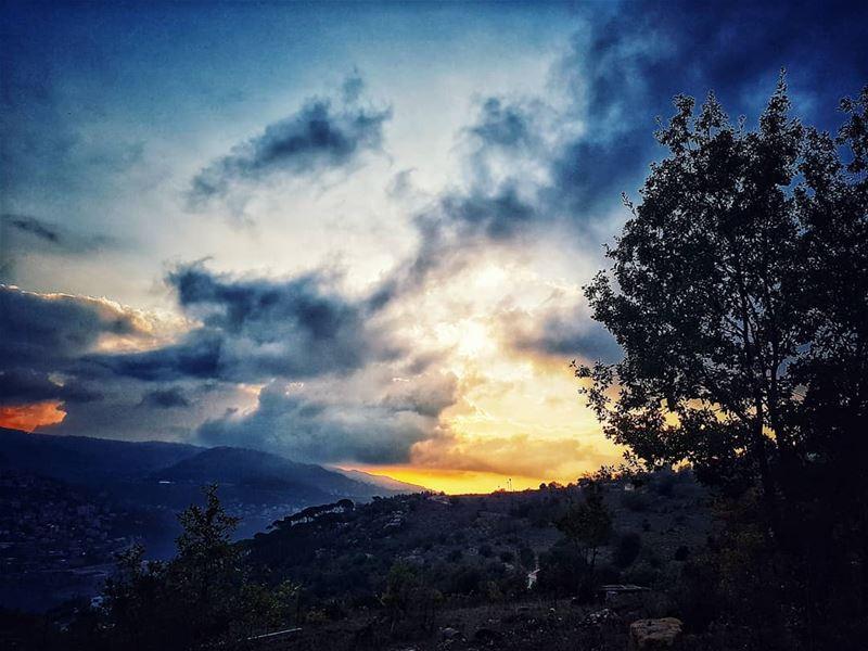 viewfinder 🌤📍 homesweethome ...... livelovebaskinta ... (El Machrah, Mont-Liban, Lebanon)
