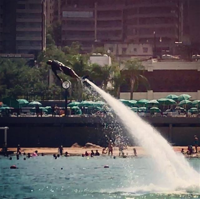 Some angels 😇 fall Some mortals fly  fallenangel  flyboard ... (Joünié)