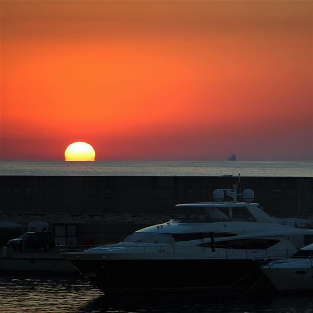 Have a nice week... (Beirut, Lebanon)