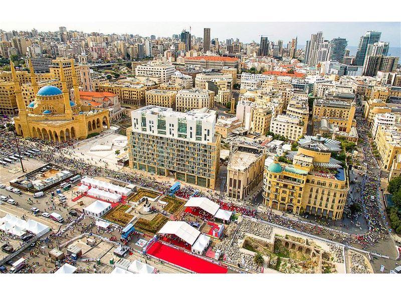 Finish line 🏁 Beirutmarathon2017 🏃🏽 📍Martyr's square, Beirut, Lebanon... (Martyrs' Square, Beirut)