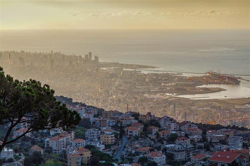 في_بلادي صباح الخير يا بيروت بيروت_هيي_الروح lebanon lebanese liban... (Beirut, Lebanon)