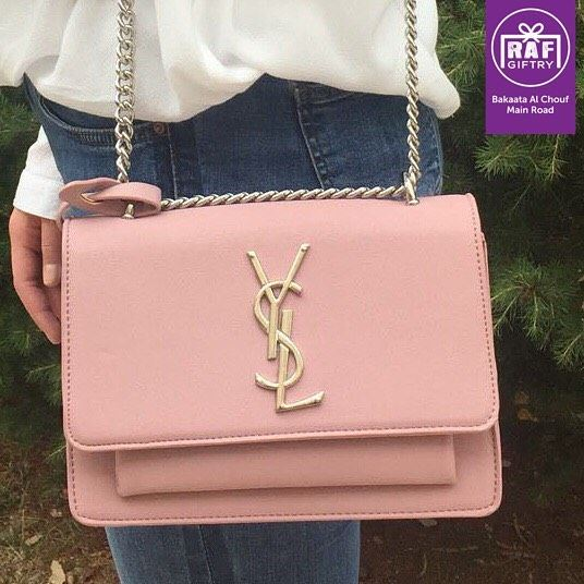 A woman can keep one secret... the price of her handbag 👜 raf_giftry.... (Raf Giftry)