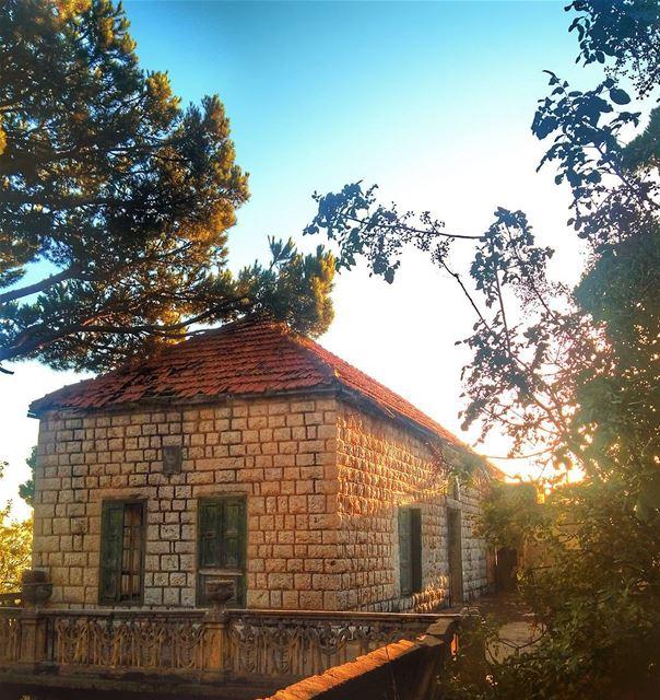 😎 lebanon nature naturelovers natureporn landscape follow4follow ... (Btekhnay)