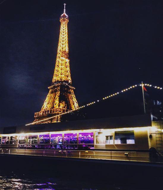 Ciao Bella ✨❤️ cruise time sur la Seine . .. paris parismonamour ... (La Seine)