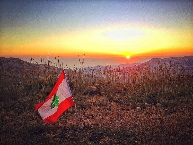 Is it independence day already?😅🌅🇱🇧. independence  independenceday ... (Sannin, Mont-Liban, Lebanon)