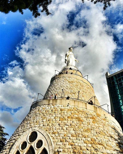 lebanoninapicture ptk_lebanon livelovebeirut insta_lebanon ... (Harisa, Mont-Liban, Lebanon)