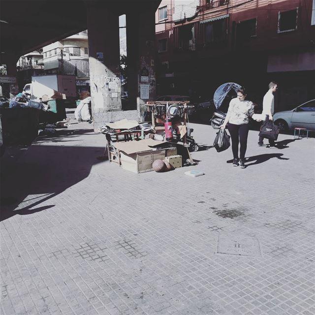 uglybeirut uglycity urban beirut lebanon people garbage trash ... (Burj Hamud, Mont-Liban, Lebanon)