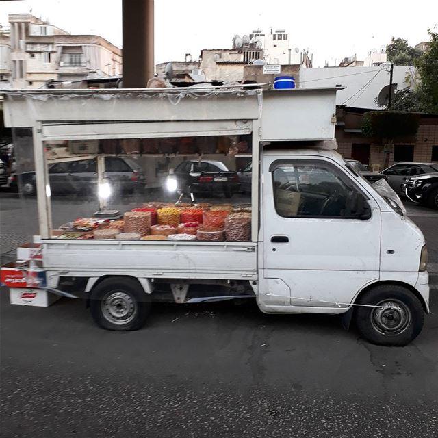 uglybeirut urban uglycity beirut lebanon van car streetfood road ... (Burj Hammud)
