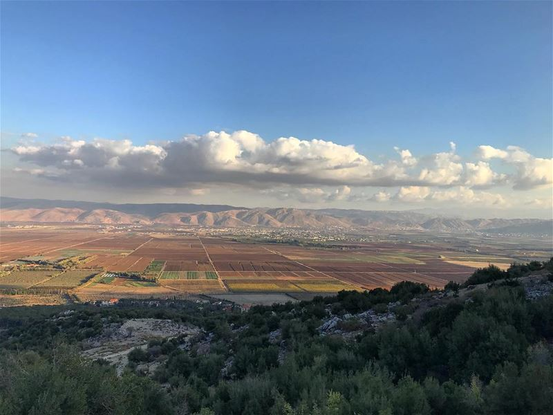 Almost sunset time and the view is to die for 😍😍 (Bekaa Valley)