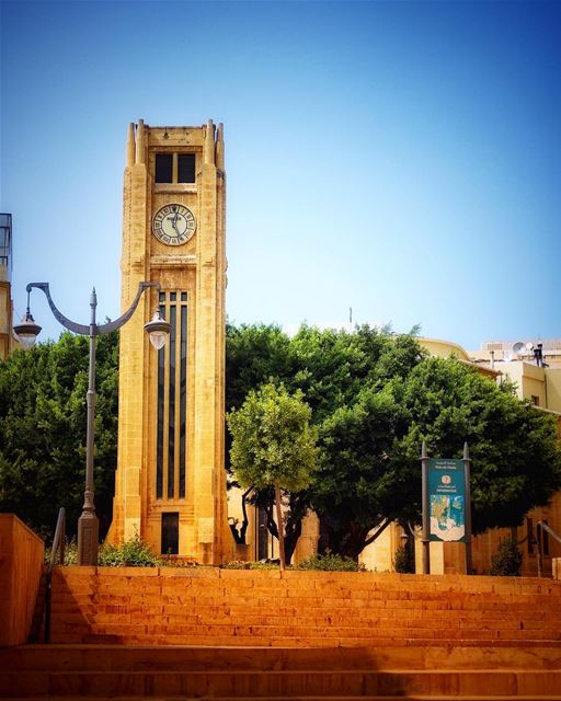 Place de l'étoile Beyrouth 🇱🇧 Abed clock tower (architecture :Mardiros... (Downtown Beirut)