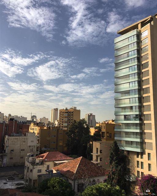 Shake your pom poms! It's Fridayyy 😅❤️...... lebanon beirut ... (Achrafieh, Lebanon)
