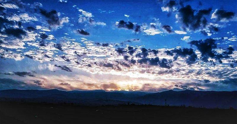 فجر_الجرود 🌤 autumnsky ...... todayssunrise Lebanon ...