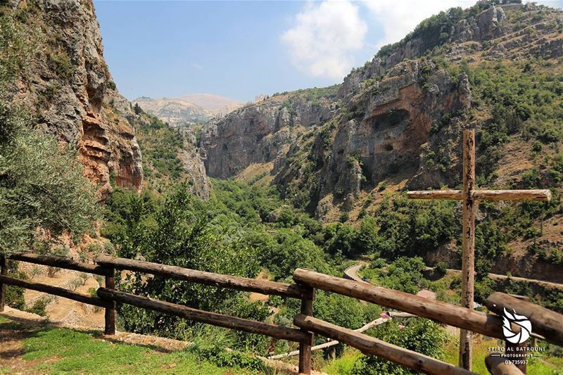 The kingdom of heaven !!!........ livelovelebanon livelovebeirut... (Qannoubine Valley)