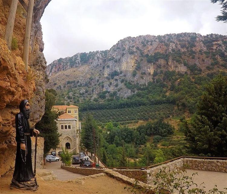 💚🙏🏻💚........ lebanon lebanon_hdr adventurerslb adventures ... (دير مار انطونيس قزحيا وادي القدسين)